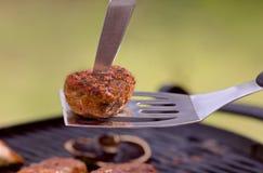 BBQ med hamburgare Arkivfoton
