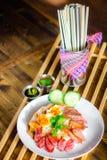 bbq- och stekgriskött över ris Fotografering för Bildbyråer