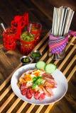 bbq- och stekgriskött över ris Arkivfoton