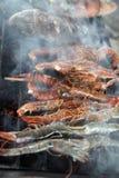 Bbq que cocina pescados Imágenes de archivo libres de regalías