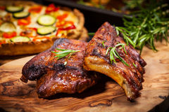 BBQ spare ribs with herbs Royalty Free Stock Photos