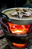 BBQ sur la casserole donnée du carrossage Photo stock