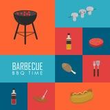 BBQ tijdconcept Geplaatste de pictogrammen van de barbecuegrill Stock Fotografie