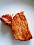 BBQ Varkensvleesclose-up met witte achtergrond Stock Afbeeldingen