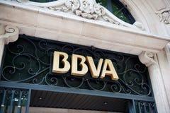 BBVA - Banco Bilbao Vizcaya Argentaria högkvarter i Madrid Arkivbild