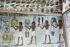BC 1500年在墙壁上的古老绘画在埃及坟墓 免版税图库摄影