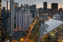bc cityscapesoluppgång vancouver arkivbild