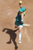 Beísbol con pelota blanda de arriba   Imagen de archivo