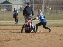 Beísbol con pelota blanda de las muchachas Foto de archivo