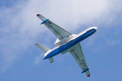 Be-200 im Himmel Lizenzfreies Stockbild