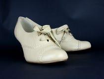 beż buty wysokich dam rzemienni buty Zdjęcia Stock