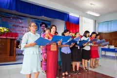 Be för thailändsk drottning på thailändsk mors dag Fotografering för Bildbyråer