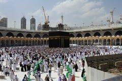 Be i den heliga Kaabaen Arkivbilder