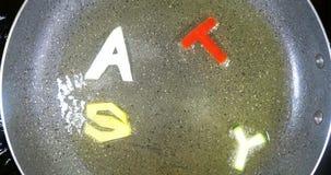 Be*wegen-braadt gemengde alfabetbrieven, Smakelijk woord stock footage