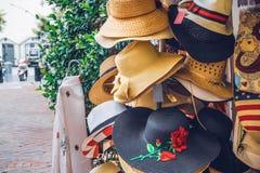 Beach太阳Hats,街头时尚夫人的 库存图片
