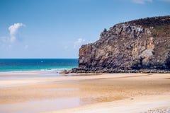 Beach Anse de在Presqu'ile de克罗宗, Parc naturel的Pen Hat 免版税库存图片