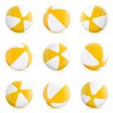 Beach ball Insieme dei beach ball isolati Illustrazione isolata su fondo bianco Immagini Stock Libere da Diritti