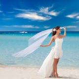 beach beautiful bride Στοκ εικόνα με δικαίωμα ελεύθερης χρήσης