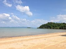 Beach with blue sky, Phuket Royalty Free Stock Images