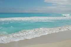 Beach Cancun / Mexico. White sandy beach with blue sky in mexico Royalty Free Stock Images