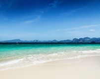 Clear water and blue sky. Royalty Free Stock Photography