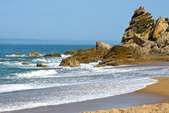 Beach and cliffs on the Atlantic coast near Cadiz, Royalty Free Stock Photos