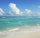 Beach and clouds in Cancún, Mexico Stock Photo
