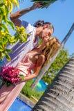 Beach couple on romantic travel honeymoon vacation summer Stock Photos