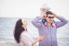 beach family fun happy having Στοκ Φωτογραφία