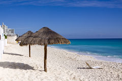 Beach Hut. Warm beach in the sea side town of Cancun, Mexico Royalty Free Stock Photos
