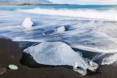 Beach with icebergs Royalty Free Stock Photos