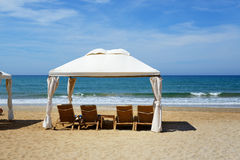 The beach at luxury hotel Royalty Free Stock Photography