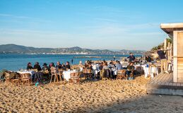 Free Beach Outdoor Restaurant In Saint Tropez Stock Images - 171490194
