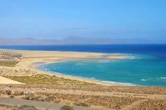 Beach Playa de Jandia - Playa de Sotavento en Fuerteventura, España foto de archivo
