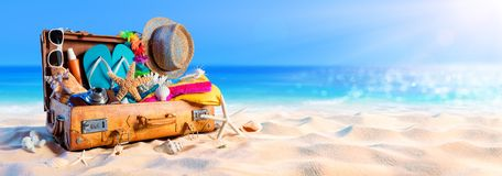 Free Beach Preparation - Accessories In Suitcase Stock Photography - 118013592