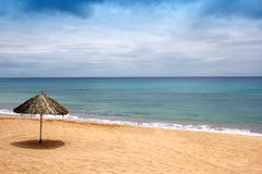 Beach of sand with sun hat. Waiting for me stock image