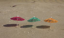Beach sand and umbrella for cocktails Stock Photography