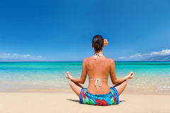 Beach sarong meditate Royalty Free Stock Photography