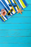 Summer beach background sunglasses copy space vertical Royalty Free Stock Photos