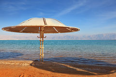 A beach  on the shore of the Dead Sea Royalty Free Stock Photography
