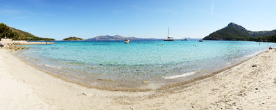 The beach and turquoise water on Mallorca Stock Photography