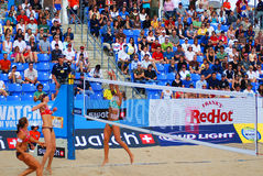 Beach volleyball players Stock Photography