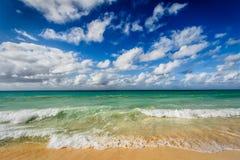 Beach and  waves of Caribbean Sea Royalty Free Stock Photos