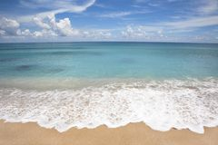 Free Beach With White Wave Spray Stock Photography - 15047232