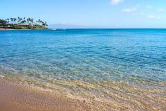 Beachfront på den Napili fjärden Lahaina Maui Hawaii arkivbild