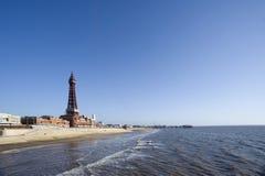 Beachfront sikt av Blackpool Arkivbilder
