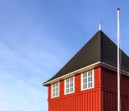 Beachhouse utilizó para el kajak Fotografía de archivo libre de regalías