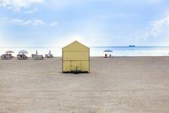 Beachlife alla spiaggia bianca a Miami del sud Fotografie Stock Libere da Diritti