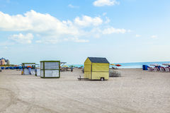 Beachlife alla spiaggia bianca a Miami del sud Immagine Stock
