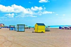 Beachlife alla spiaggia bianca a Miami del sud Immagini Stock Libere da Diritti